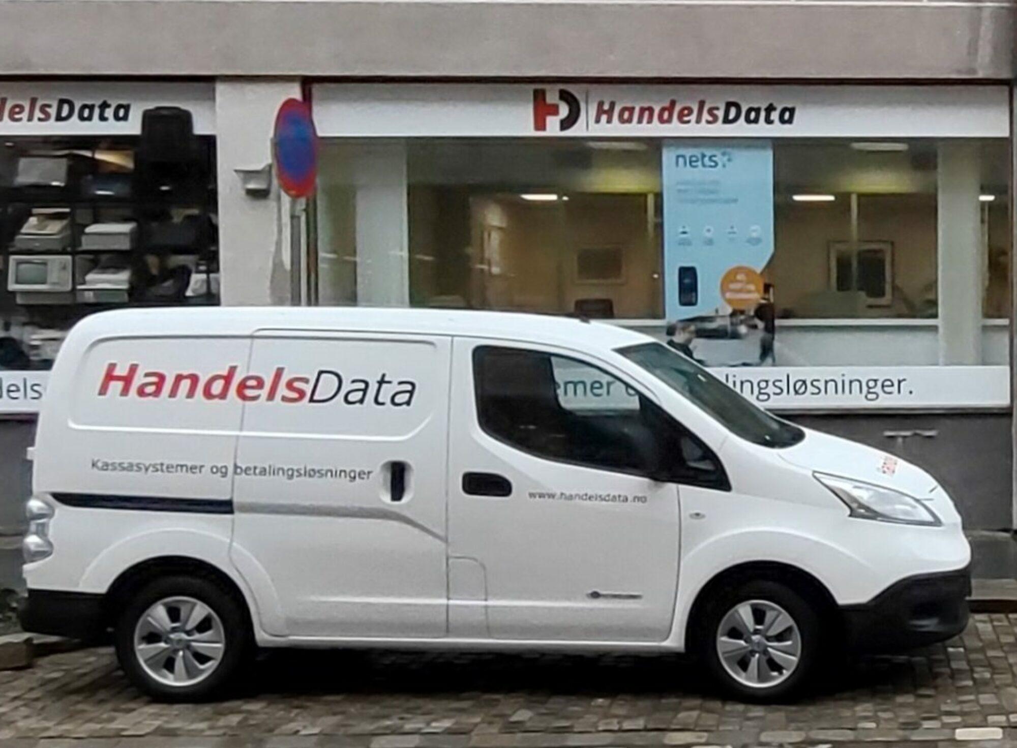 HandelsData Bergens største utvalg i Sharp kassasystemer og Verifone / Nets betalingsterminaler